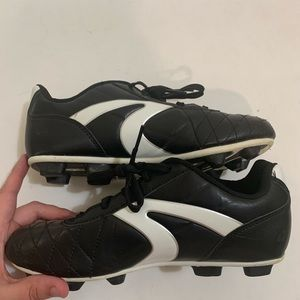 Athletic Wohks TRIPLE TRACK Soccer Shoes Cleats